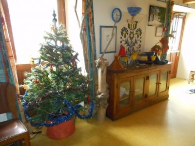 Sapin et ambiance de Noël à la maison bleue