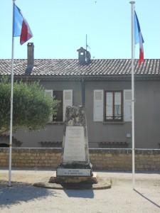 Monument aux morts de Bourg Saint Andéol