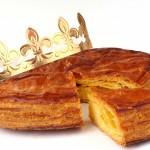 Galette des rois et sa couronne pour l'épiphanie