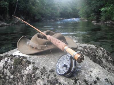 lancer, ouverture de la truite, rivière ardéche, pêche à la mouche, pêche en rivière