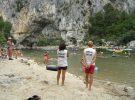 Baignades en rivière en Ardèche autour de la Maison Bleue
